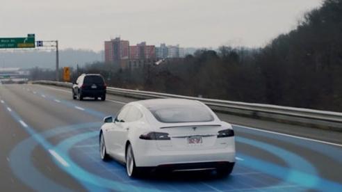 Đức cấm Tesla quảng cáo quá đà về công nghệ tự lái
