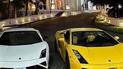 Bộ đôi siêu xe Lamborghini Gallardo 'lạ' bất ngờ lăn bánh tại Huế, một chiếc thuộc bản giới hạn 50 chiếc trên toàn thế giới