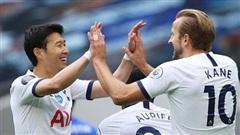 Tottenham thắng lớn, Man United vui mừng
