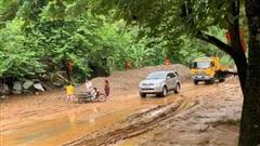 Hà Giang: Nhà sập, đường ngập trong bùn do mưa lũ, sạt lở đất