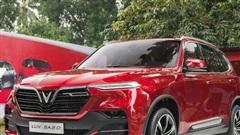VinFast mạnh tay tặng tiền mặt cao nhất 240 triệu đồng cho khách hàng từng mua xe Lux và Fadil