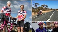 Hai phụ nữ U60 lập kỷ lục Guiness đi xe đạp đôi vòng quanh thế giới