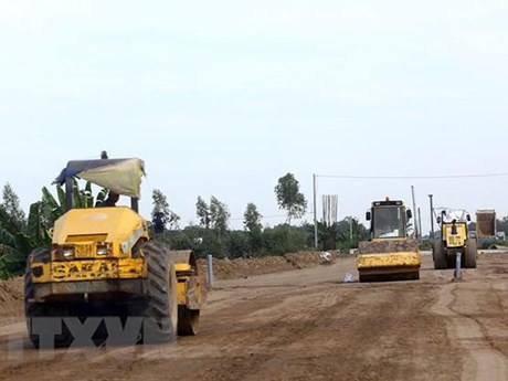 Phấn đấu hoàn thành cơ bản dự án cao tốc Bắc-Nam phía Đông vào 2021