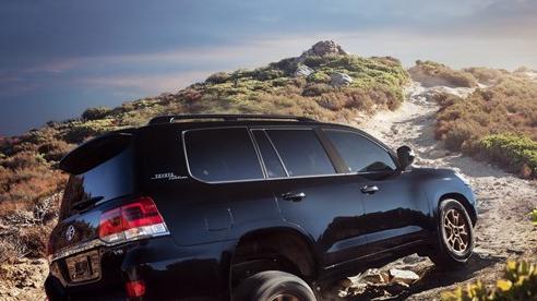 Ra mắt Toyota Land Cruiser 2021 - 'chiến binh sa mạc' ưa thích của giới nhà giàu Trung Đông