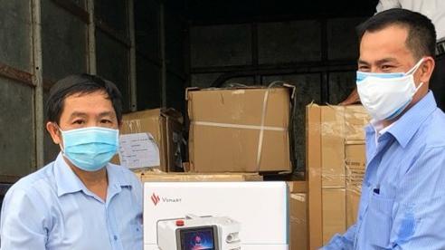 Quảng Ngãi tiếp nhận 30 máy thở từ Tập đoàn Vingroup