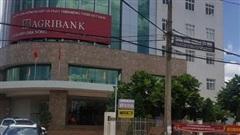 Cho rằng chống dịch 'tốt hơn tỉnh', Agribank Đắk Nông đưa đoàn ra miền Trung... giao lưu thể thao