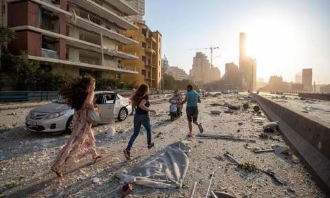 Loạt ảnh khung cảnh như 'ngày tận thế' sau vụ nổ ở Beirut