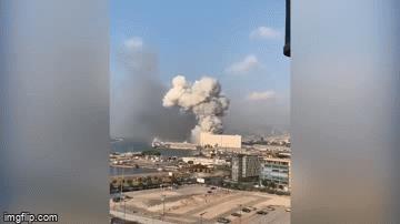 Lebanon: Hai vụ nổ lớn gây rung chuyển thủ đô Beirut, khiến hơn 4.000 người thương vong
