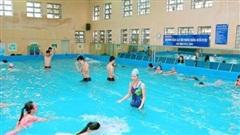 Liệu chúng ta có nguy cơ mắc COVID-19 khi đi bơi?