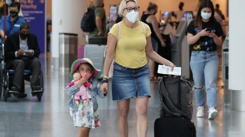 Mỹ dỡ bỏ hạn chế du lịch nước ngoài dù bị 'cấm cửa' ở nhiều nước