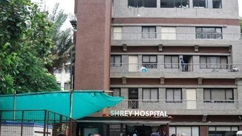 Hỏa hoạn tại bệnh viện khiến 8 bệnh nhân COVID-19 tử vong