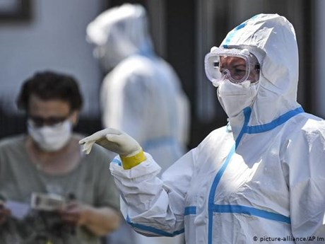 Đức bắt buộc xét nghiệm với người trở về từ các vùng nguy cơ