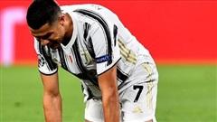 Cú đúp của Ronaldo không đủ để đưa Juventus vào tứ kết Champions League