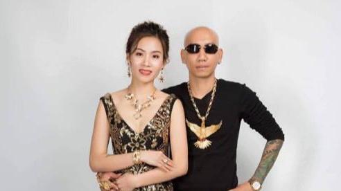 Vợ chồng 'giang hồ mạng' Phú Lê bị điều tra thêm tội danh mới