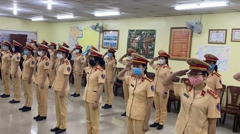Những 'bóng hồng' xinh đẹp của đội nữ CSGT dẫn đoàn Công an TP.HCM
