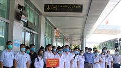 Đoàn y, bác sĩ Phú Thọ  nhận nhiệm vụ tại bốn bệnh viện ở Quảng Nam