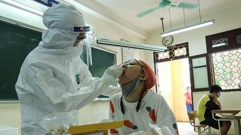 [ẢNH]Hà Nội: Xét nghiệm PCR hơn 50.000 người từ sáng nay