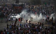 Bạo động bùng phát dữ dội khắp Li-băng sau vụ nổ ở Beirut