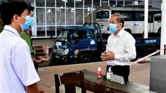 Chủ tịch tỉnh Thừa Thiên - Huế chỉ đạo xử lý nghiêm vụ tài xế chở người từ vùng dịch 'qua mặt' chốt kiểm soát y tế