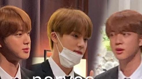Jin đẹp như hoàng tử bé trong đám cưới anh trai: Anti 'cà khịa' Jungkook, tố BTS chỉ là 'mối quan hệ kinh doanh'