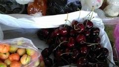 Cherry giảm giá 'sập sàn'