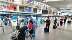 Du khách rời Đà Nẵng về Hà Nội: 'Hết dịch, chúng tôi sẽ quay trở lại'