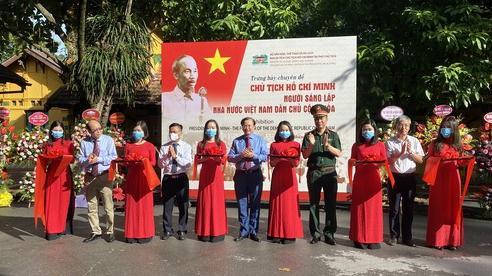 Trưng bày chuyên đề 'Chủ tịch Hồ Chí Minh - Người sáng lập Nhà nước Việt Nam Dân chủ Cộng hòa'