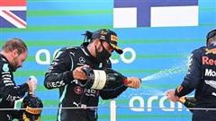 Hamilton giành chiến thắng dễ dàng tại Barcelona