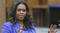 Michelle Obama nặng lời chỉ trích, kêu gọi dân Mỹ không bầu ông Trump