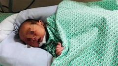Thông tin mới nhất về trường hợp trẻ sơ sinh bị bỏ rơi trong khe tường