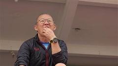Tuyển Việt Nam muốn mạnh hơn, thầy Park phải bớt bảo thủ