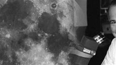 Người duy nhất trên thế giới được an táng trên Mặt Trăng