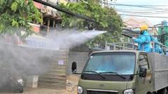 Xuất hiện 4 ca nhiễm Covid-19 mới tại 3 khu chợ, Đà Nẵng phun hoá chất trên diện rộng tại quận Thanh Khê