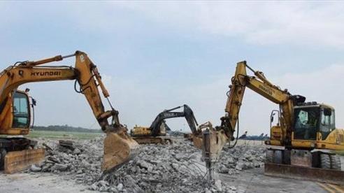 Bộ trưởng Nguyễn Văn Thể: Đường băng sân bay Nội Bài phải hoàn thành trước ngày 30/11