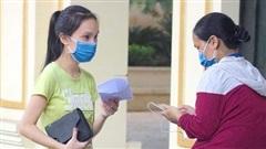 Hà Nội: 7 thí sinh dự thi tốt nghiệp THPT Quốc gia 2020 đợt 2, phụ huynh chia sẻ tâm trạng lo lắng