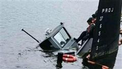 Tàu kéo siêu mini Mỹ đâm tàu ngầm hạt nhân