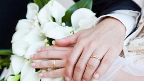 Từ 1/9, cha mẹ ép con cái kết hôn bị phạt bao nhiêu tiền?