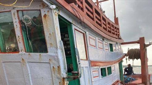 Khởi tố, bắt giam thuyền viên dùng búa đánh chủ tàu tử vong