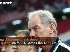 [Video] Vì sao ông Riedl nói 'Bóng đá Việt Nam xây nhà từ nóc?'