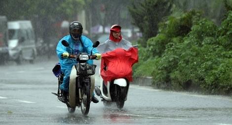 Miền Bắc trời mưa to, cảnh báo thời tiết nguy hiểm
