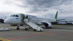 Cục Hàng không lý giải về máy bay Embraer bay thẳng Côn Đảo