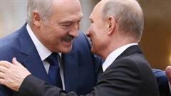 Tổng thống Belarus đến Nga giữa lúc 'dầu sôi lửa bỏng'
