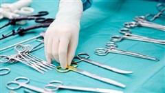 Phẫu thuật thành công cho bệnh nhân có khối u màng não khổng lồ