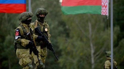 Nga đưa quân sang Belarus, Minsk tuyên bố sẵn sàng đối thoại với EU