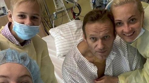 EU lên án Nga vụ Navalny bị đầu độc Novichok