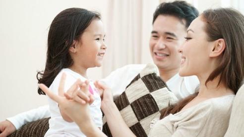 Nuôi một đứa trẻ, phụ huynh Việt 'đau đầu' với nỗi lo tài chính