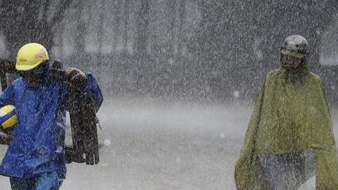 Hoàn lưu bão số 5 kết hợp gió mùa, cả nước mưa dông