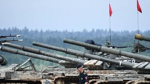 Chuyên gia nhận định cơ hội của Nga và Mỹ trong cuộc chiến trên bộ