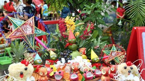 Bài văn khấn thần linh, gia tiên ngày Rằm tháng Tám theo nghi lễ cổ truyền