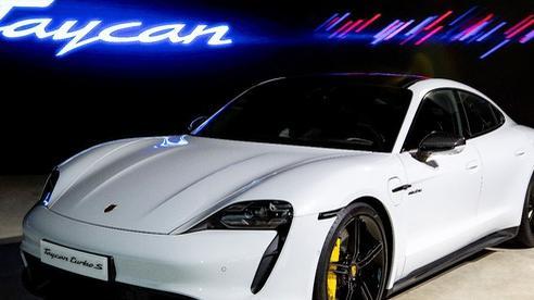 Ra mắt dòng xe thể thao thuần điện Taycan tại Việt Nam – Chiếc Porsche thực thụ cho kỷ nguyên di động điện